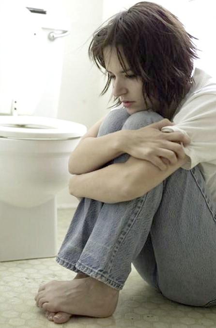 боли в низу живота у женщин при трихомониазе